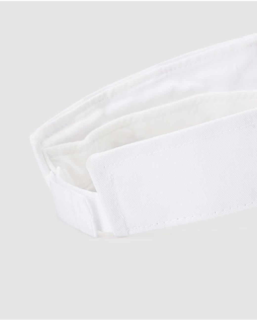 03797063 El Corte Inglés Plain White Cotton Visor With Adhesive Strap in White - Lyst