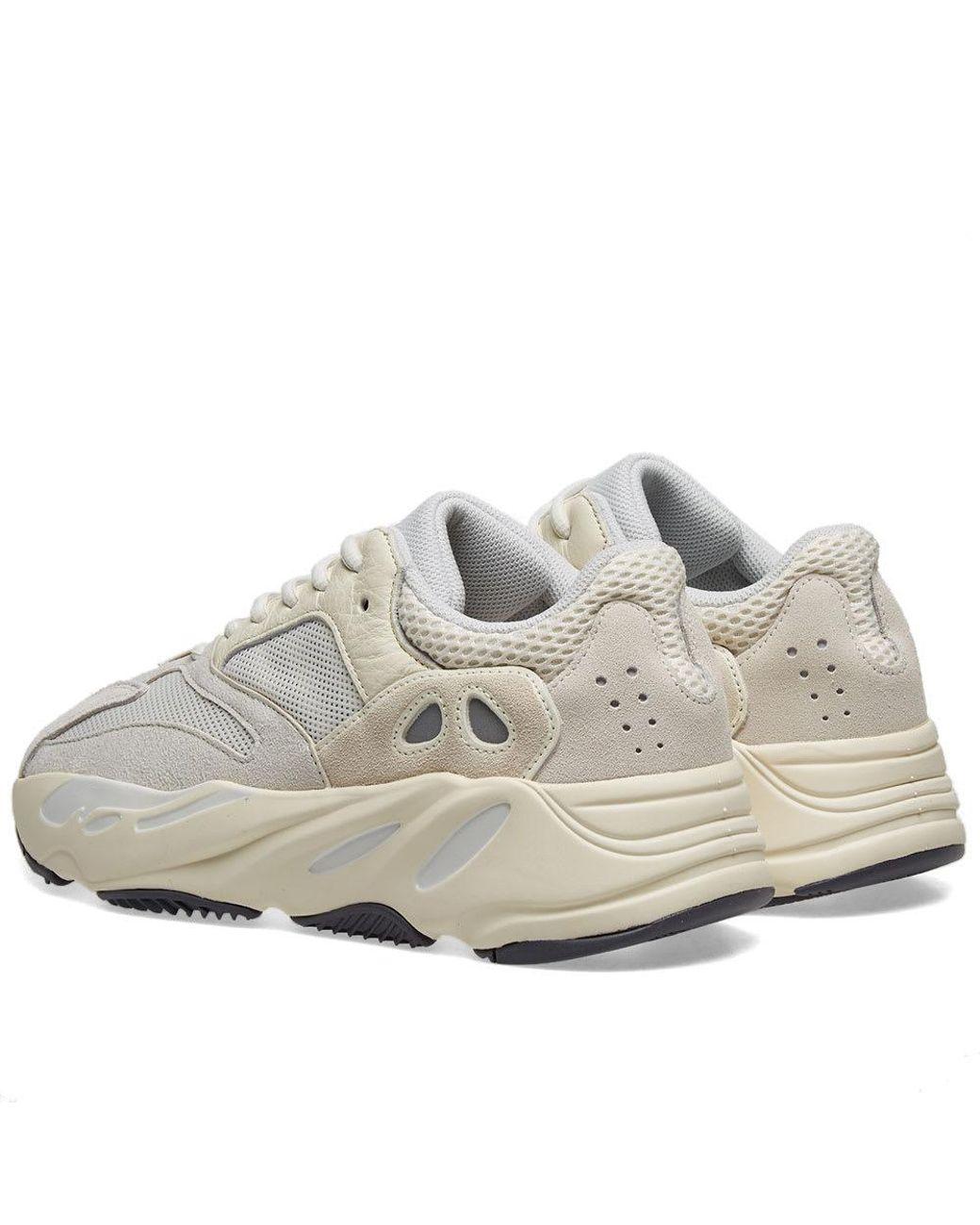 007605e737da0 Lyst - adidas Yeezy Boost 700 in White for Men