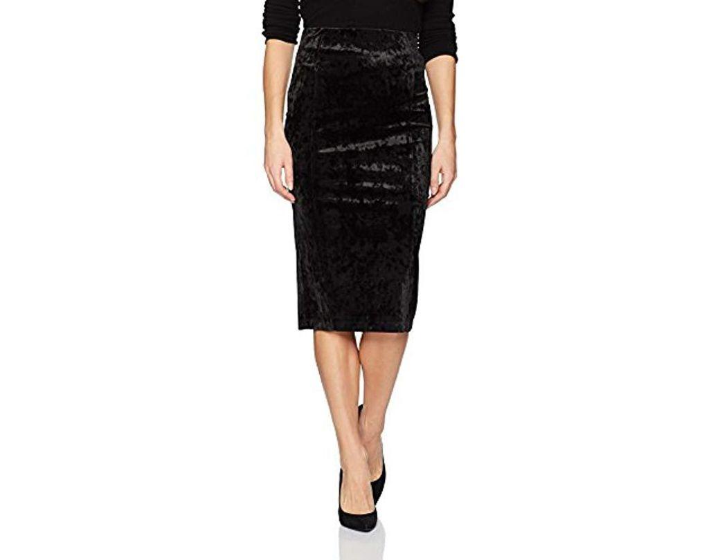 28efae364 BCBGeneration Velvet High Waist Corset Pencil Skirt in Black - Save 44% -  Lyst