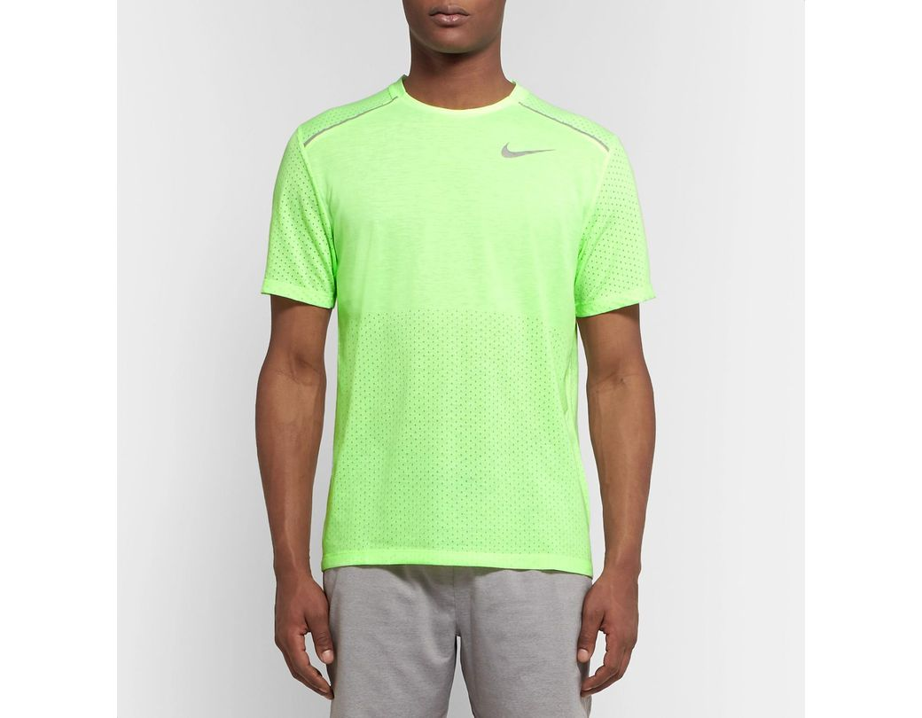 844f5357 Nike Rise 365 Perforated Breathe Dri-fit T-shirt in Green for Men - Lyst