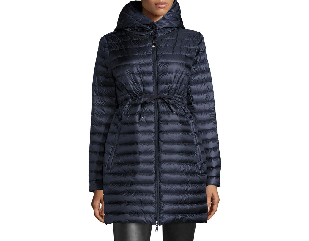 ab923bce8 Moncler Barbel Hooded Puffer Coat in Black - Save 21% - Lyst