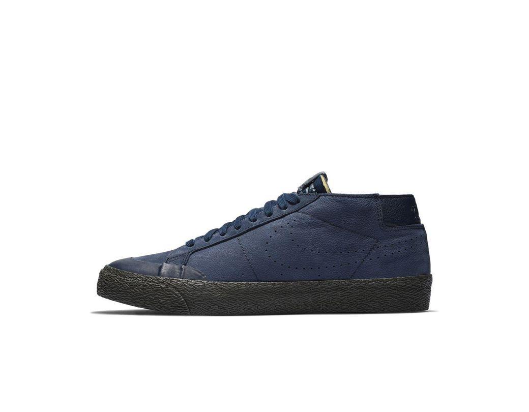 Men's Sb Zoom Blazer Chukka Xt Premium Skate Shoe