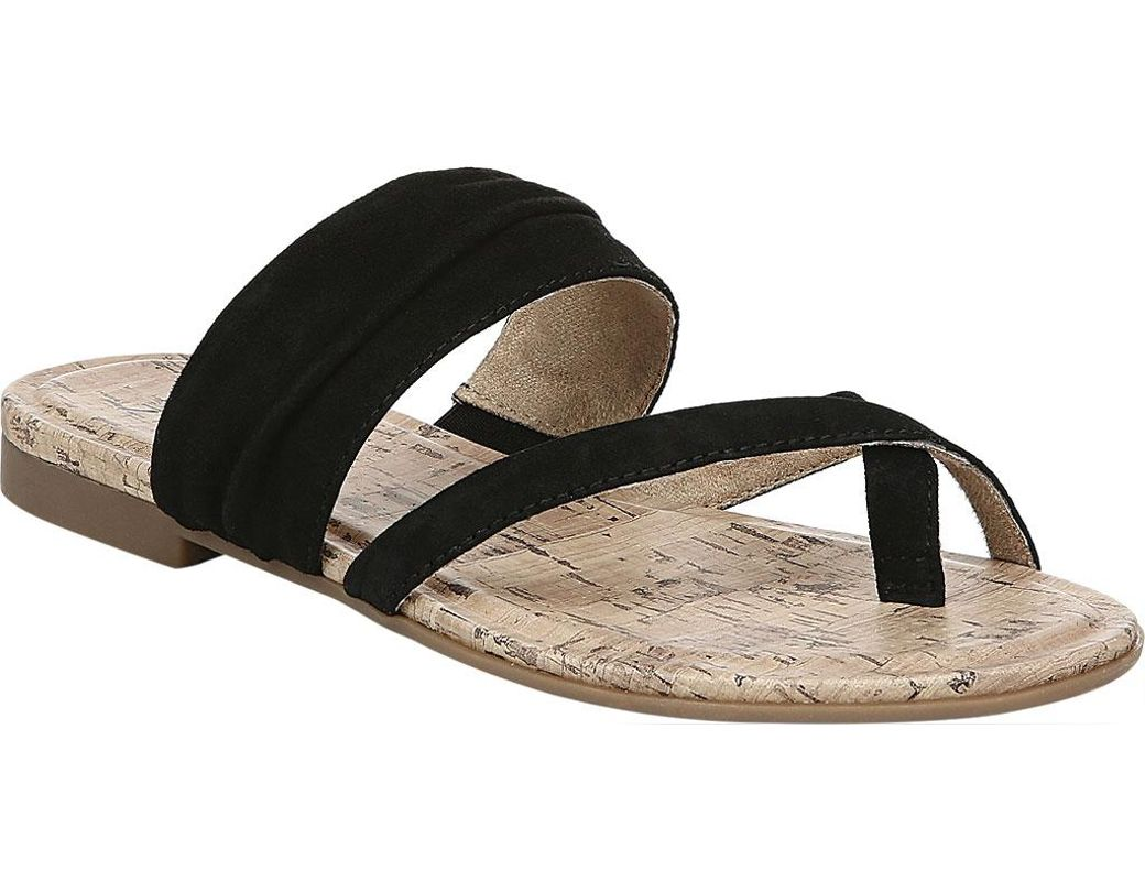 9f080b80c6fa Lyst - Naturalizer Shannon Thong Sandal in Black