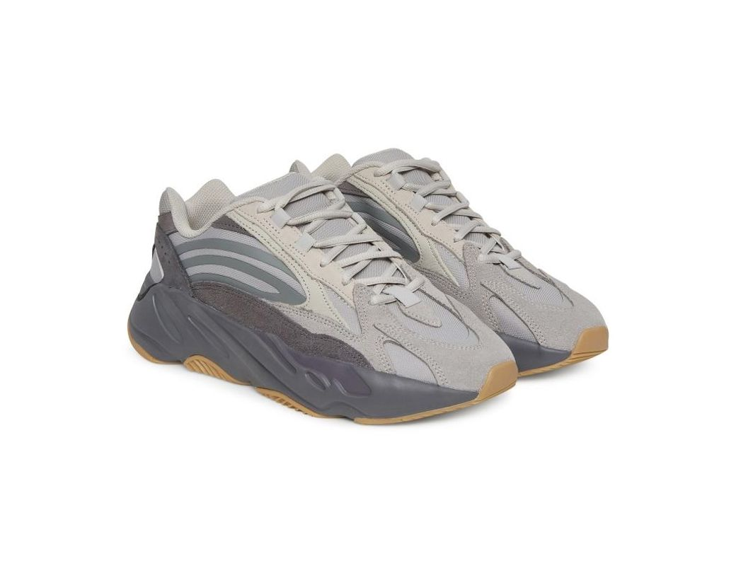 Men's Gray Yeezy Boost 700 V2 Sneakers