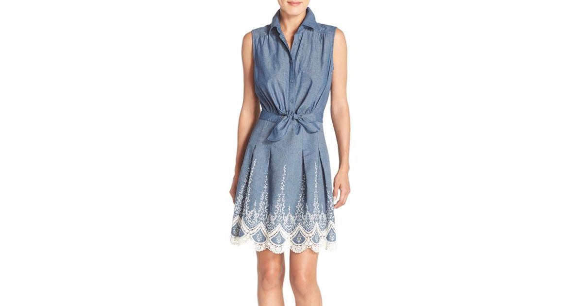 9e8af45b61f4 Lyst - Eci Embroidered Chambray Dress in Blue