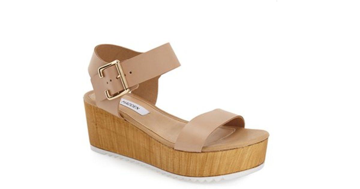 d7af564feb5 Lyst - Steve Madden  nylee  Platform Sandal in Natural