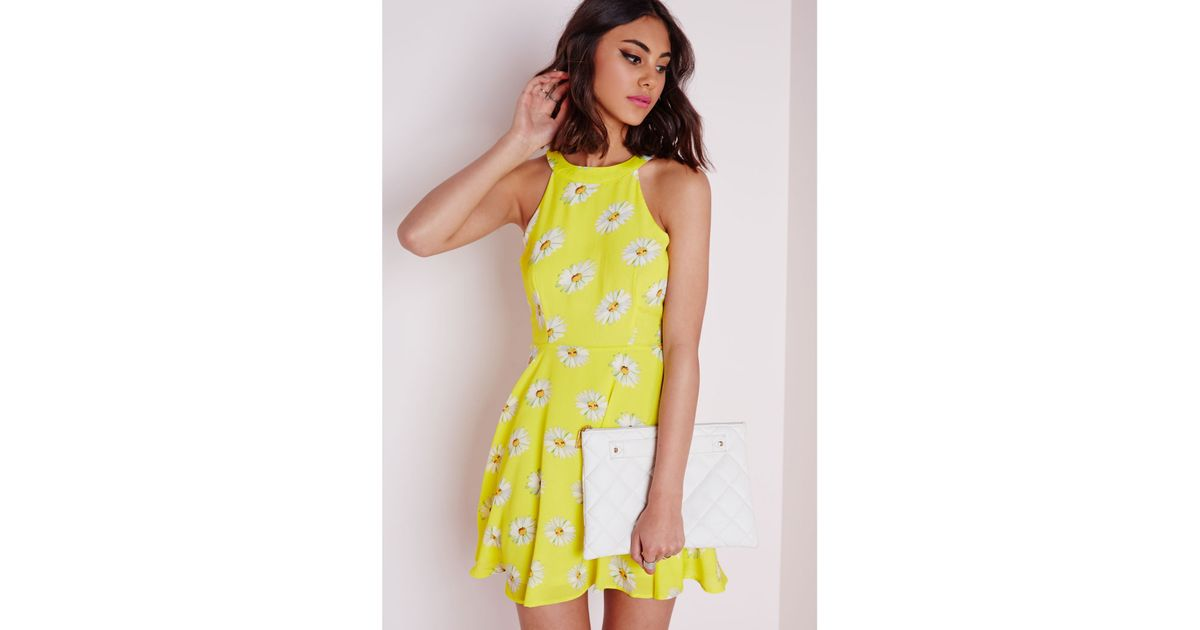 75d3e645e Lyst - Missguided Racer Neck Swing Dress Yellow Daisy in Yellow