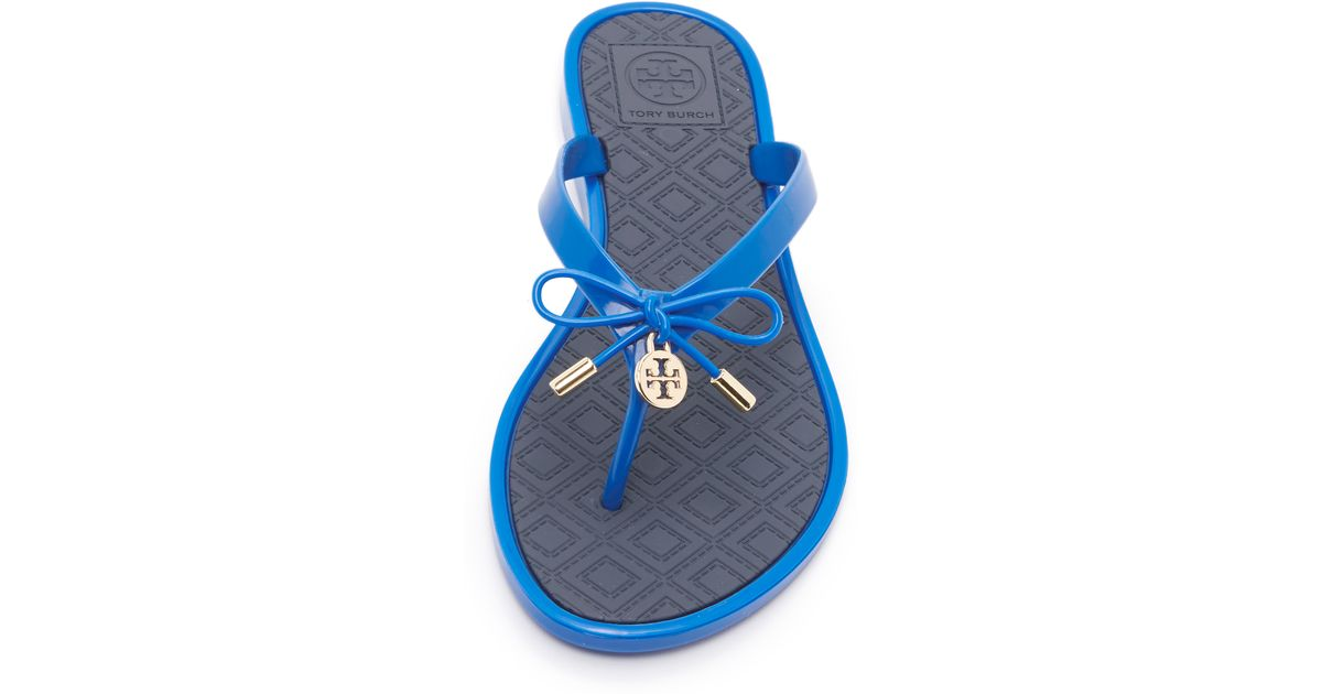 6deff222158a Lyst - Tory Burch Two Tone Jelly Bow Thong Sandals in Blue