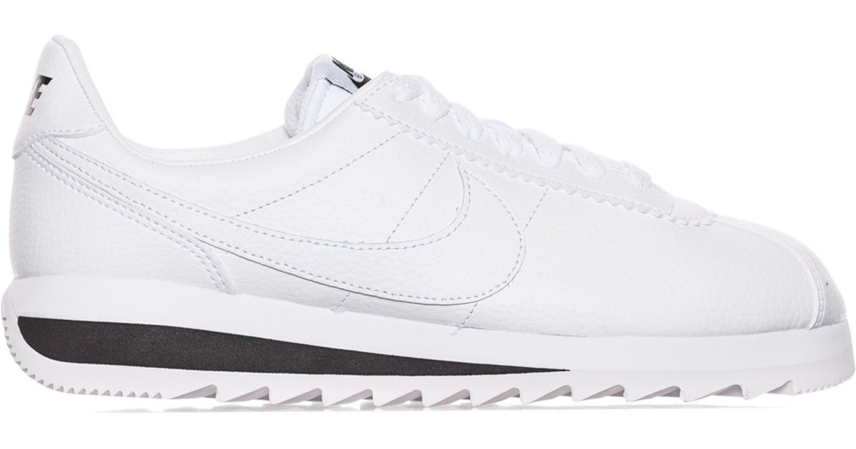 outlet store 809bd adffd Lyst - Nike Wmns Classic Cortez Epic Premium Sneakers in Whi