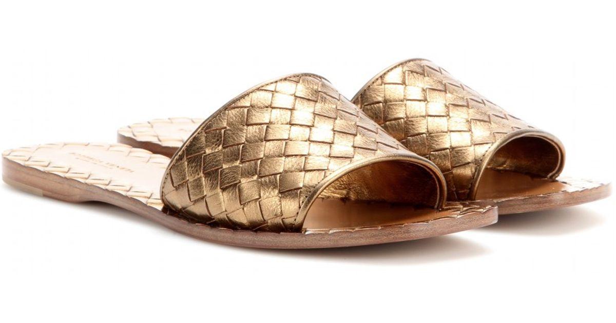 77174256556e Lyst - Bottega Veneta Intrecciato Metallicleather Sandals in Metallic
