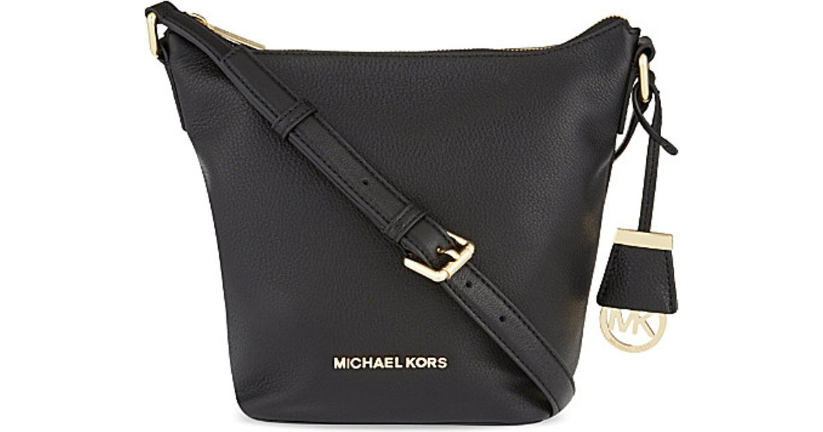 a3ced0b17c09 ... italy michael michael kors bedford small leather messenger bag black in black  lyst b2083 f069f