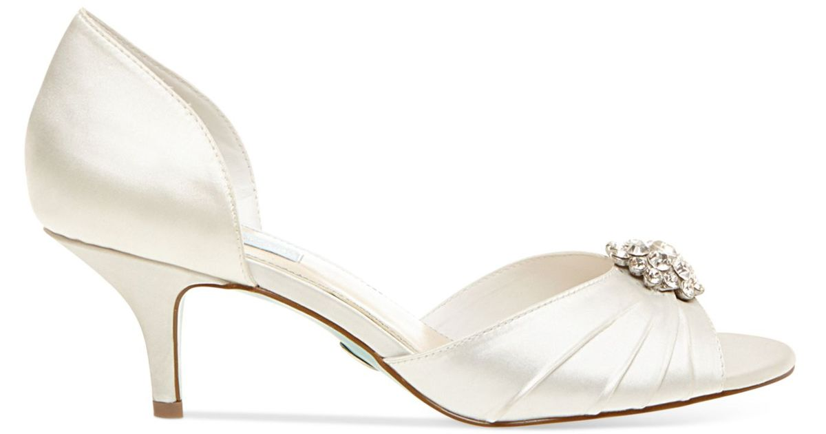 Lyst - Betsey Johnson Blue By Stun Low Heel Evening Pumps in White
