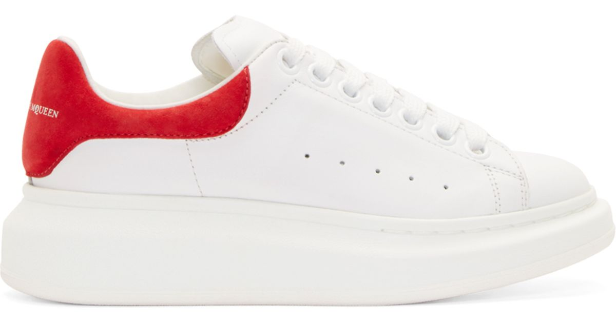ecb8a4225af3 Lyst - Alexander McQueen White And Red Leather Platform Sneakers in White