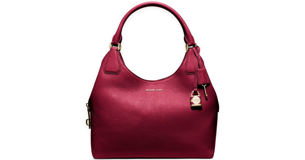 53281ddc5a5c ... coupon for lyst michael kors camille large leather shoulder bag in red  33413 7b421 ...
