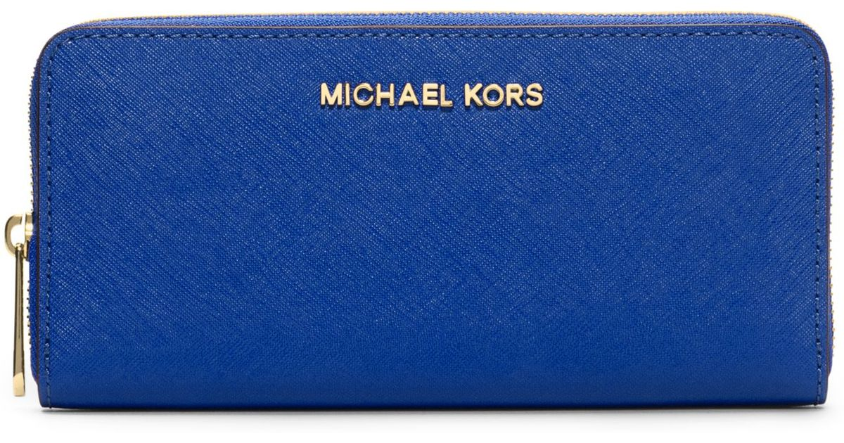 192794e2fb77 Michael Kors Jet Set Travel Saffiano Leather Continental Wallet in Blue -  Lyst