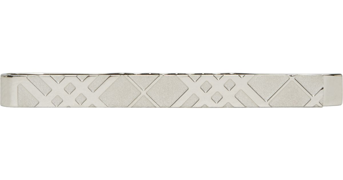 b67acad31854 Burberry Silver Engraved Check Tie Bar in Metallic for Men - Lyst