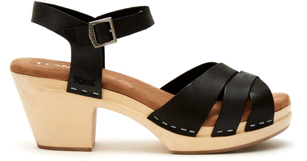 67f12ad877e Lyst - TOMS Black Leather Women s Beatrix Clog Sandals in Black