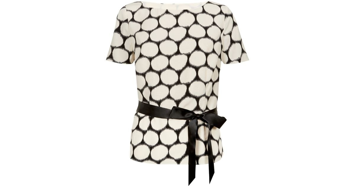 7a2aa77870f53 Jacques Vert Satin Belt Spot Blouse in White - Lyst