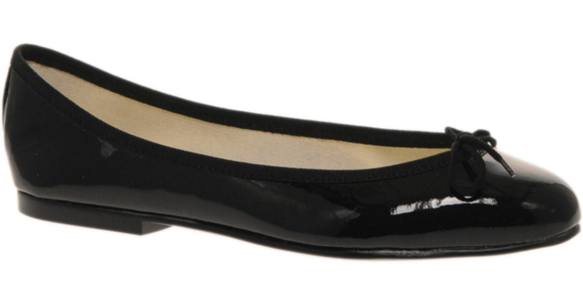 a960c5e930b6 Lyst - French Sole India Patent Ballet Shoes in Black