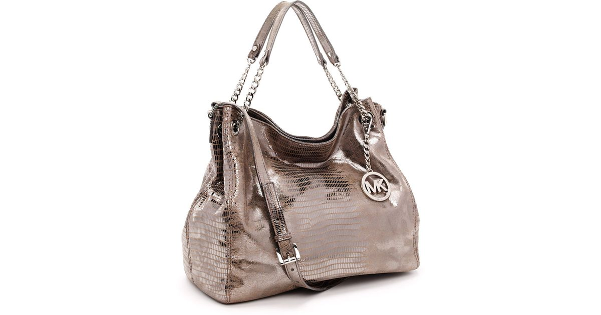 72c145c61 ... Michael kors Large Jet Set Chain Metallic Gathered Shoulder Tote