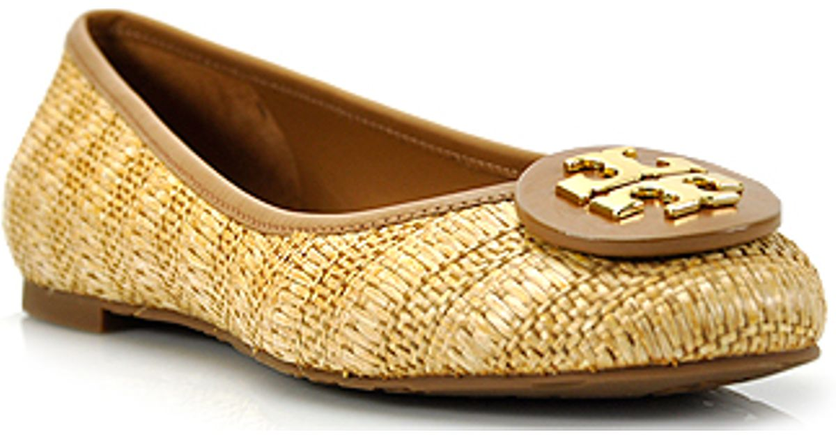 8503f967a4c Tory Burch Reva - Raffia Straw Natural Woven Ballet Flat in Natural - Lyst