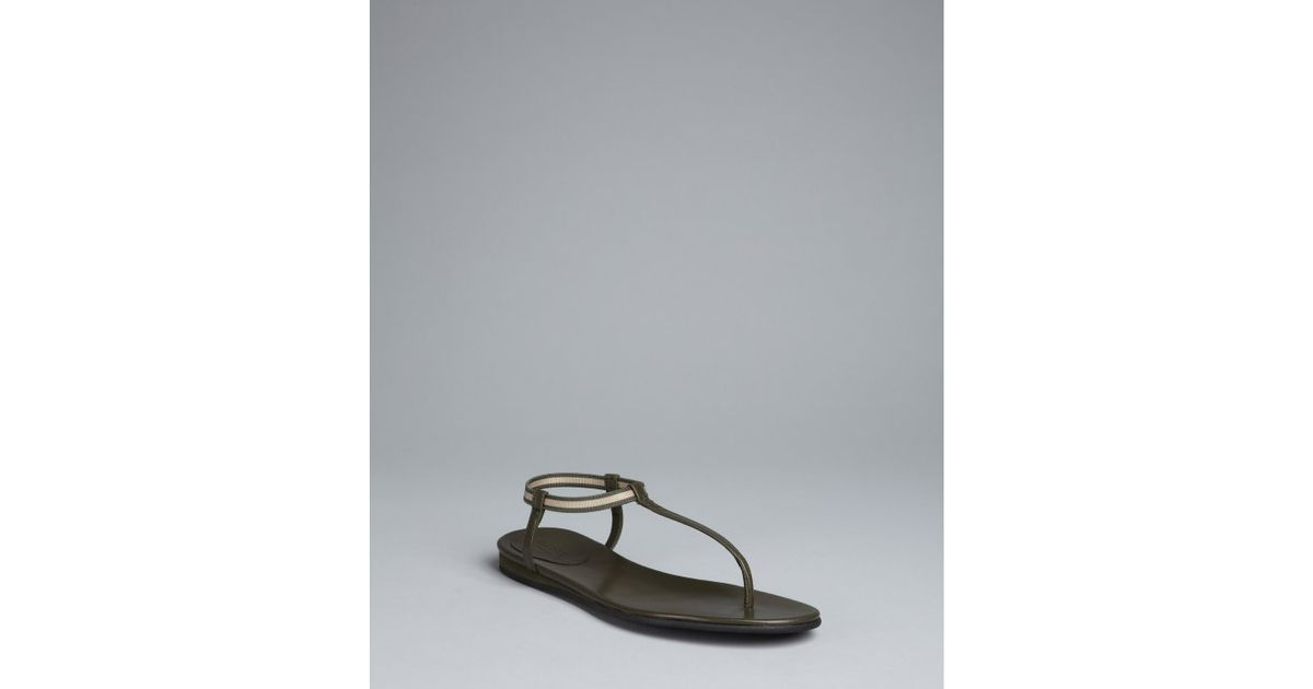086872ea4 Gucci Moss Leather Areia Thong Sandals in Black - Lyst