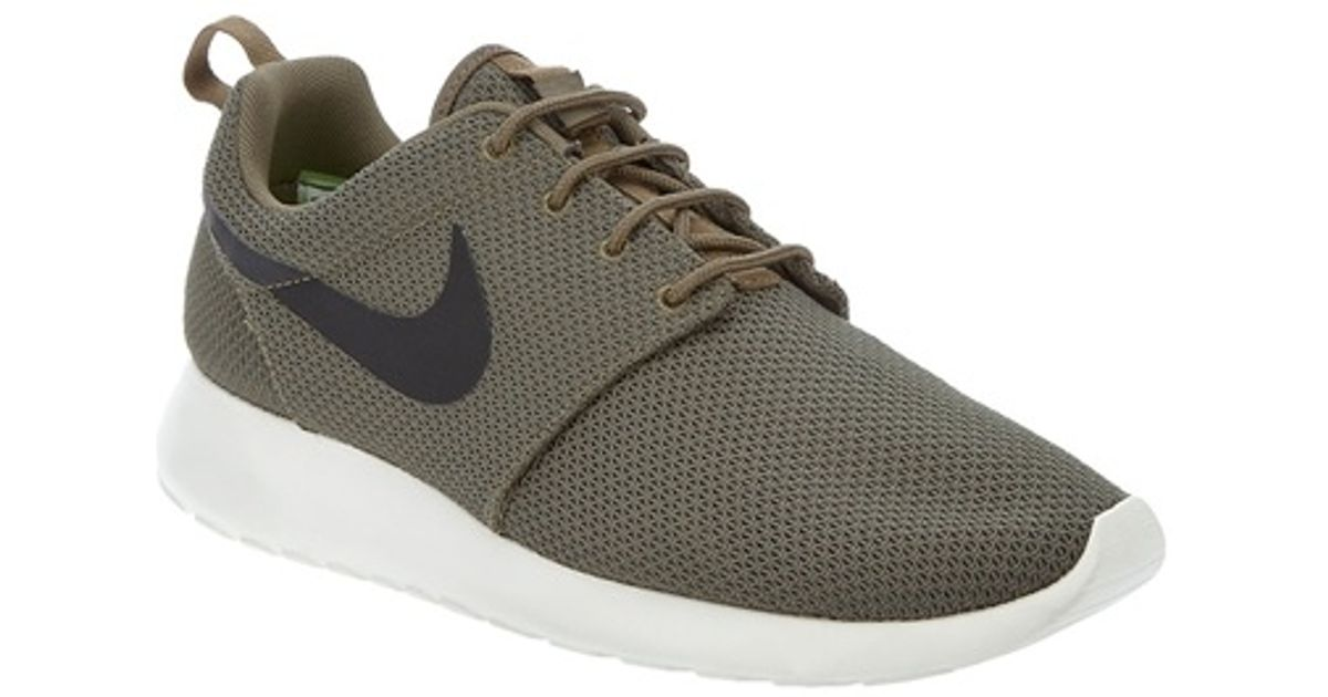 5a8f73fc9f58 Nike Roshe Run Iguana Trainer in Green for Men - Lyst