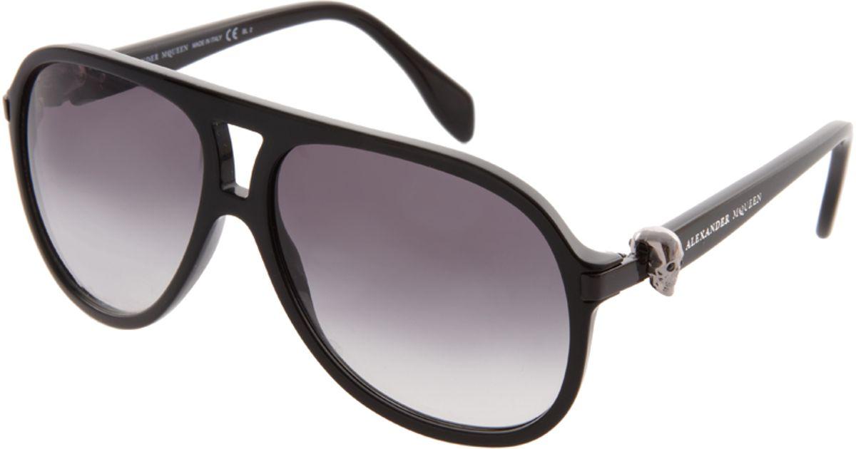 019c0ac70c Lyst - Alexander McQueen Plastic Skull Aviator Sunglasses in Black for Men