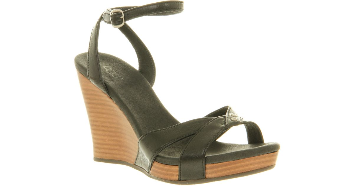 68a0e88a153 Lyst - UGG Isadora Wedge Sandal Black Leather in Black