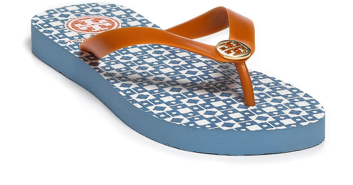 28fbe13689a4 Lyst - Tory Burch Sandals Isidro Flip Flops in Orange