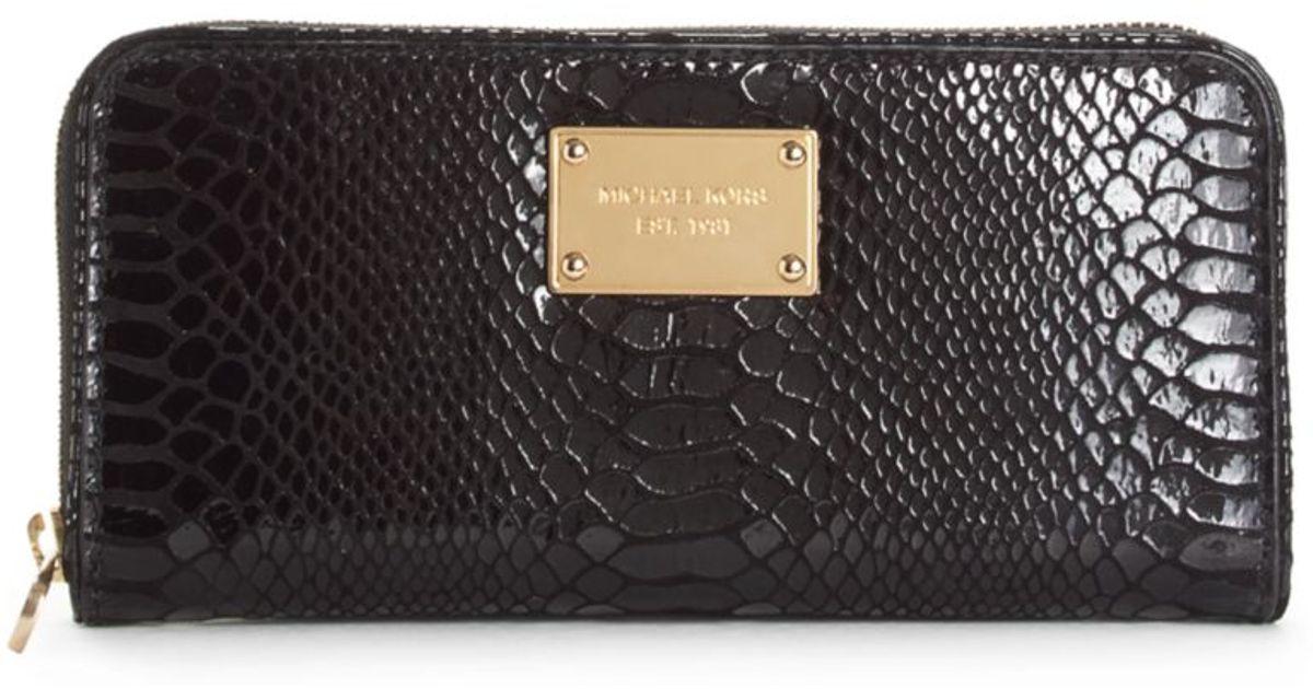 05606694157e6 Michael Kors Zip Around Continental Wallet in Black - Lyst
