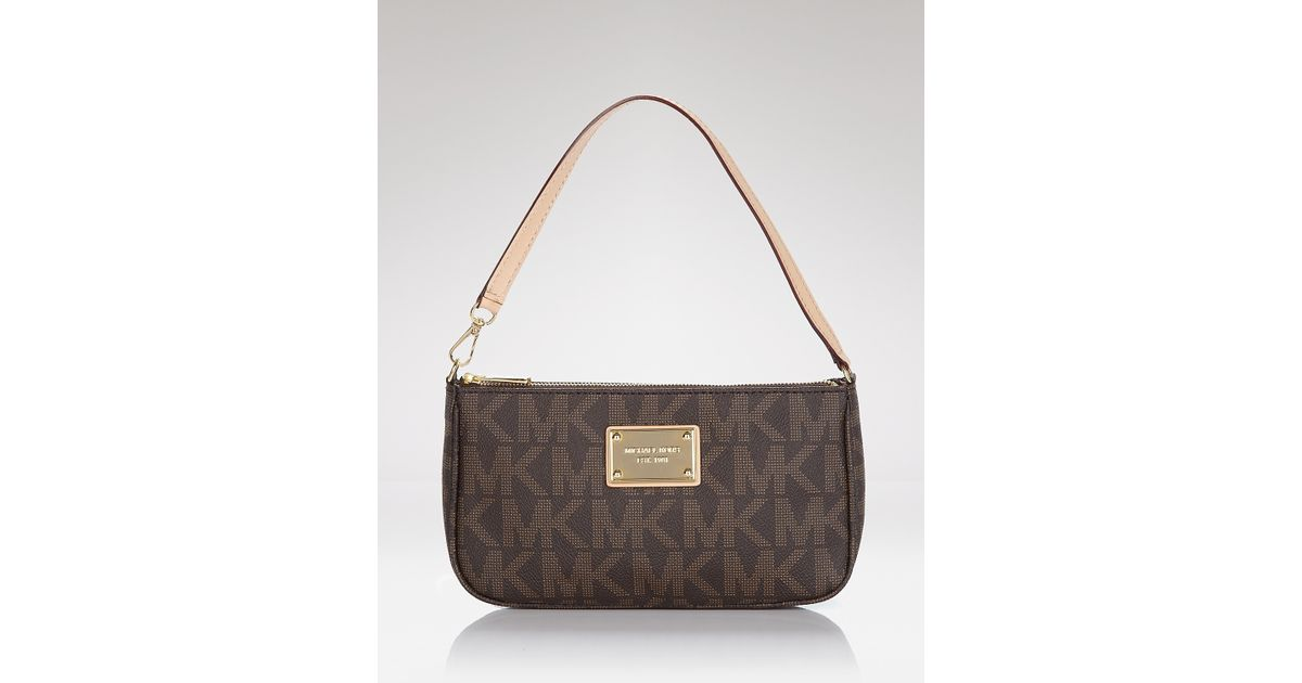 deea7014ee20 Michael Kors Michael Pouchette Jet Set Signature Large in Brown - Lyst
