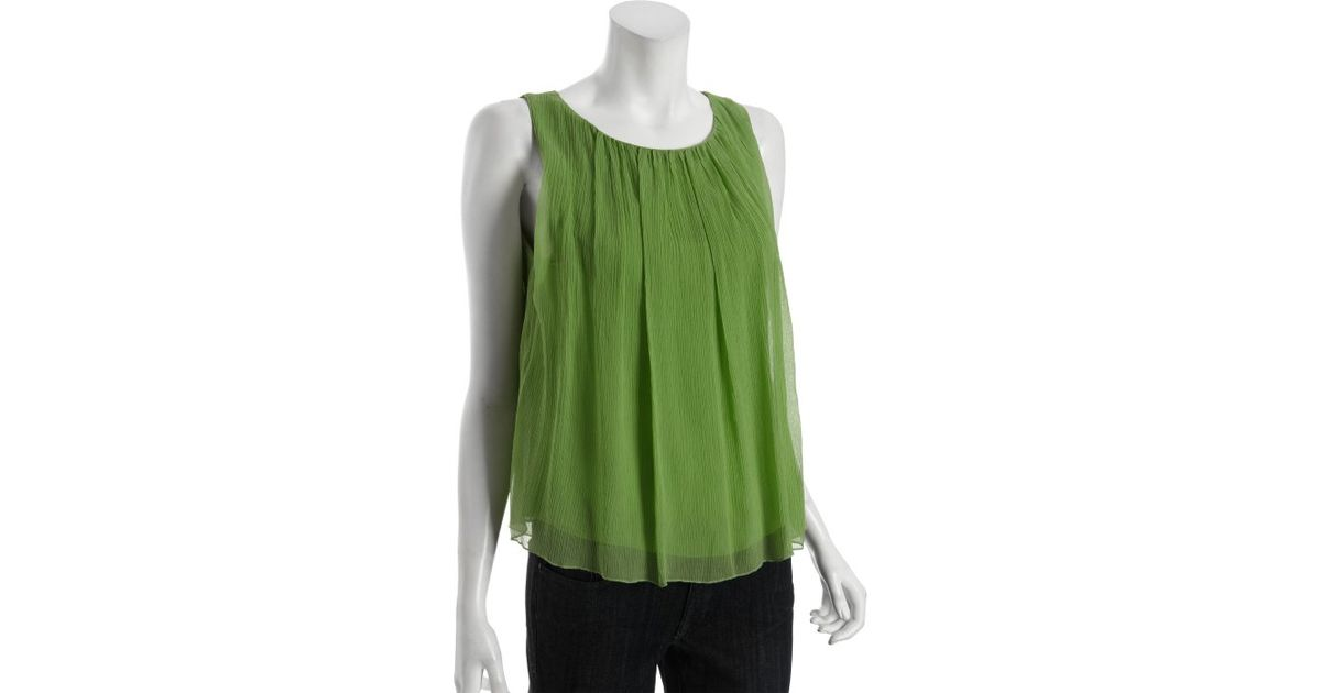 2451ade9e3b Lyst - Alice + Olivia Pasture Green Silk Gathered Sleeveless Blouse in Green