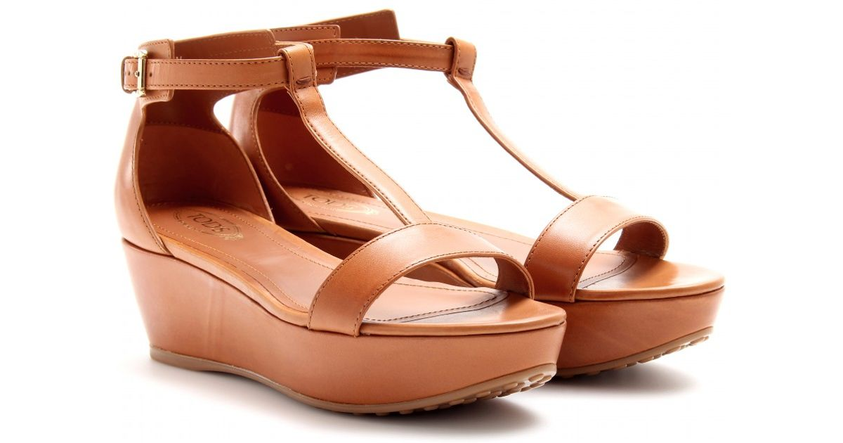 71c05f69751 Lyst - Tod s Leather Wedges in Brown