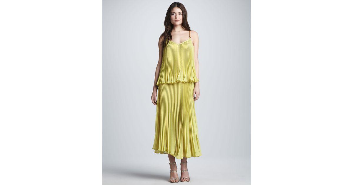 3859fa819a5aa Lyst - BCBGMAXAZRIA Plisse Double-Layer Dress in Green