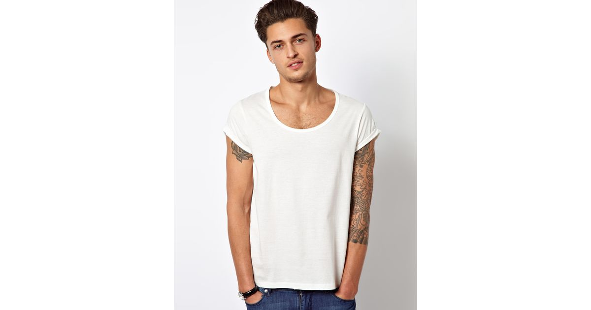 6b8293478b09 ASOS T-shirt With Bound Scoop Neck And Roll Sleeve in White for Men - Lyst