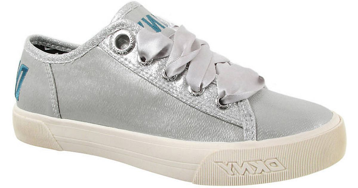 Dkny Väska Accent : Lyst dkny linden shoes with glitter accents in metallic