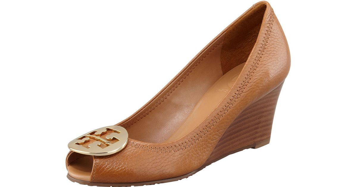 a8ab30cb3c1 Lyst - Tory Burch Sally 2 Leather Wedge Pump in Brown
