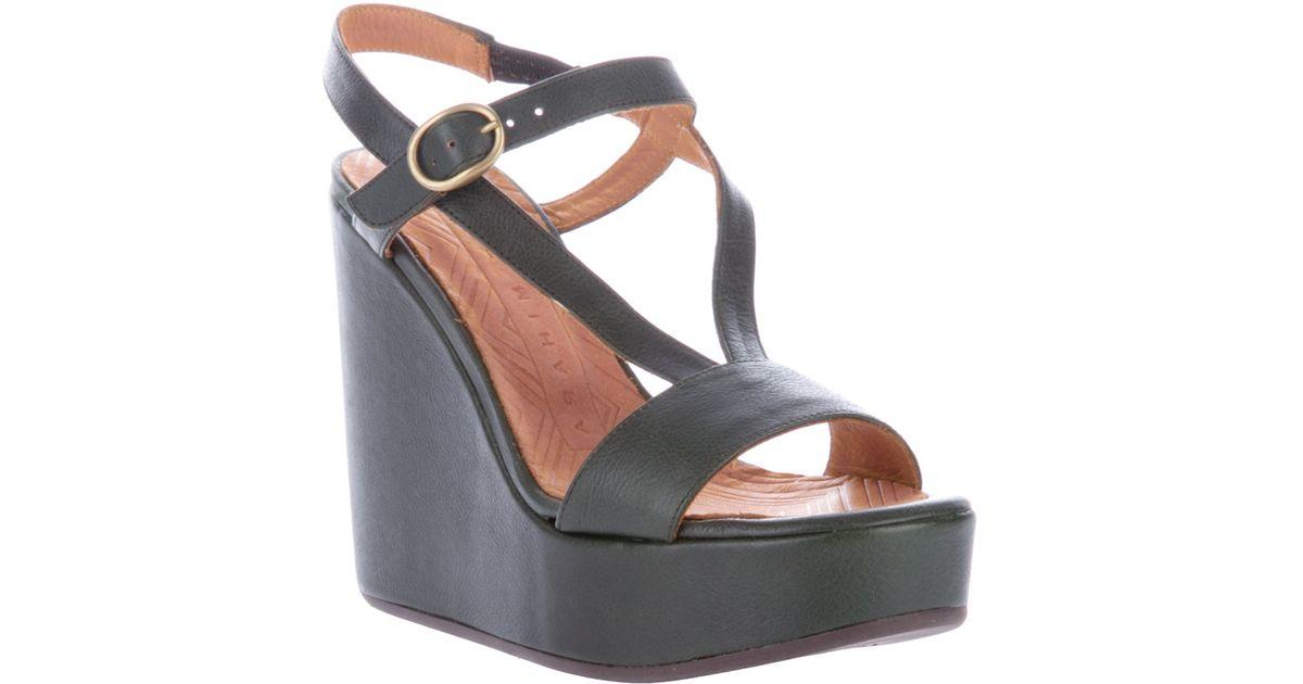 02e186ca564 Chie Mihara Wedge Platform Sandal in Black - Lyst