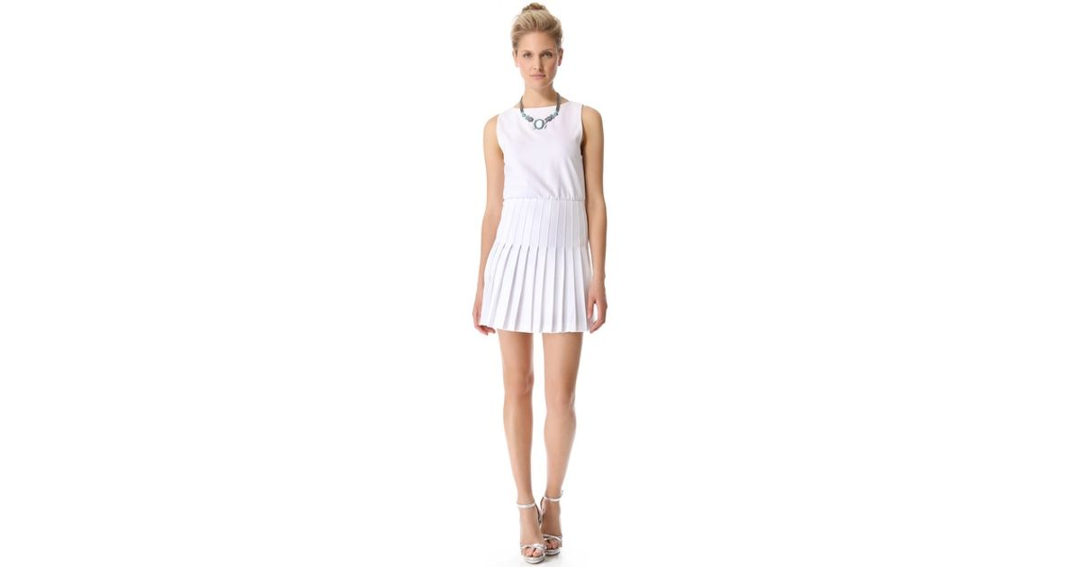 4a18980e0f3 Alice + Olivia Alice Olivia Shaun Pleated Dress in White - Lyst