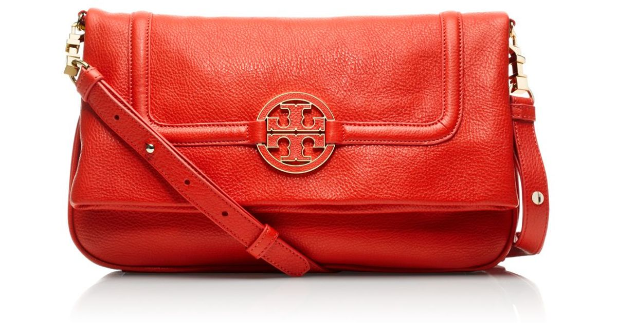 f16a7ad3204d4 Lyst - Tory Burch Amanda Foldover Messenger in Red