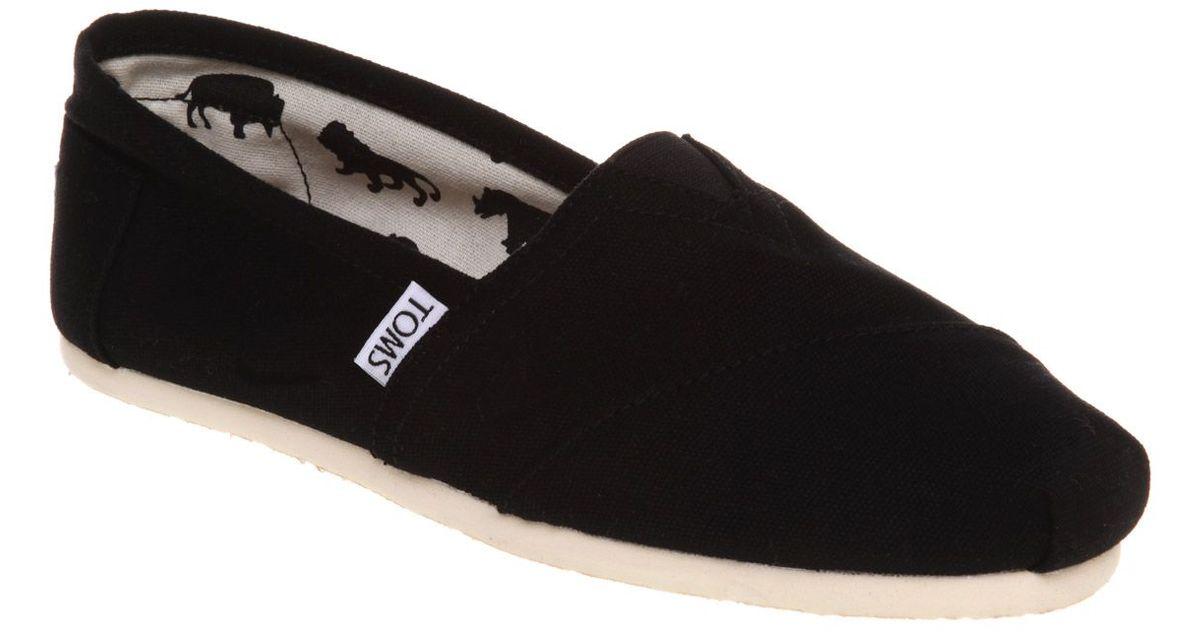 toms classic slip on espadrille shoes in black save 20