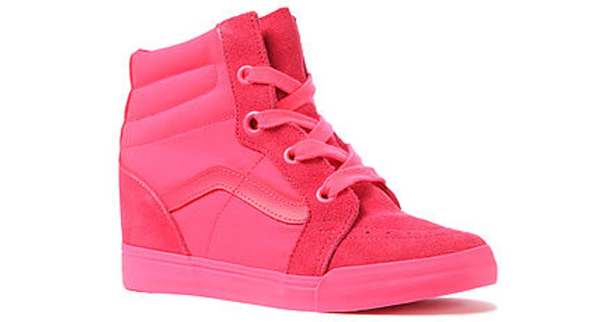 3cb9cba6cb Lyst - Vans The Sk8hi Wedge Sneaker in Pink