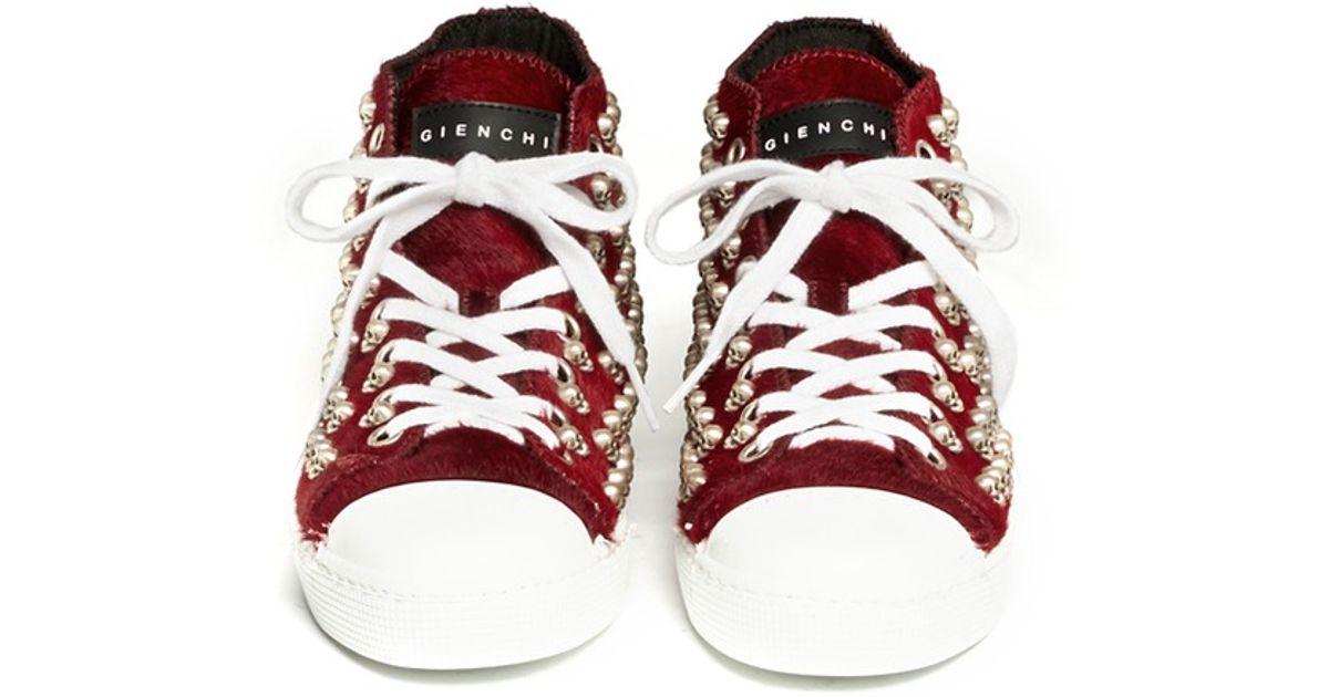 fd7dd73b925 Lyst - Gienchi Skull Stud Pony Hair Sneakers in Red