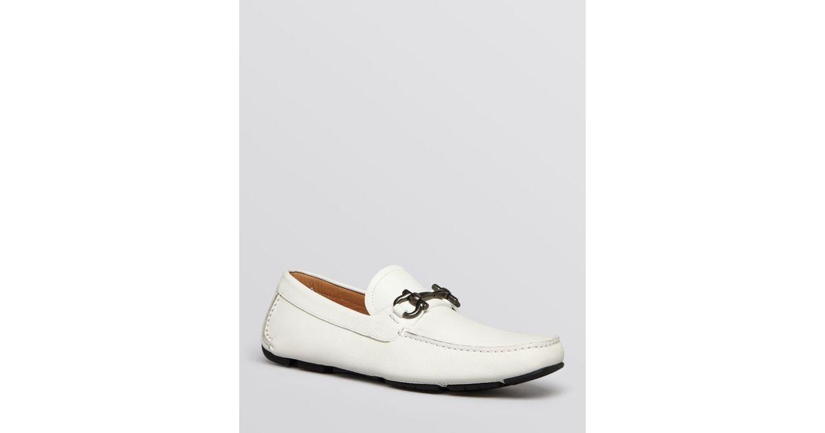 f7762e6b64e Lyst - Ferragamo Parigi Bit Leather Driving Loafers in White for Men
