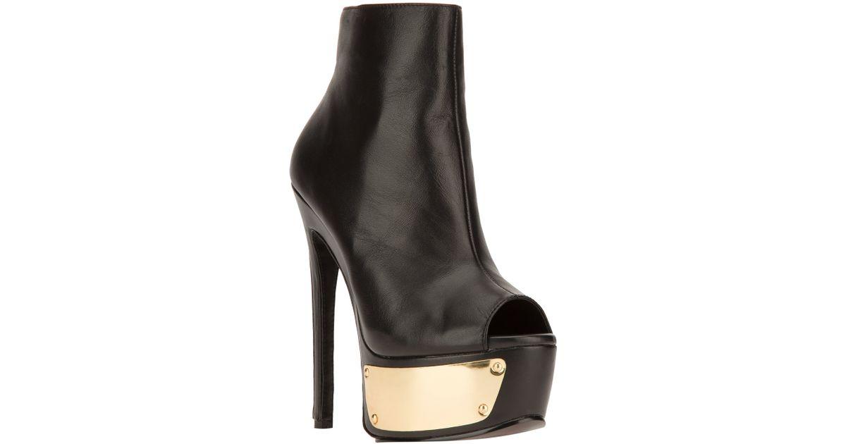212d25b5da17 Lyst - Steve Madden Sloan Ankle Boot in Black