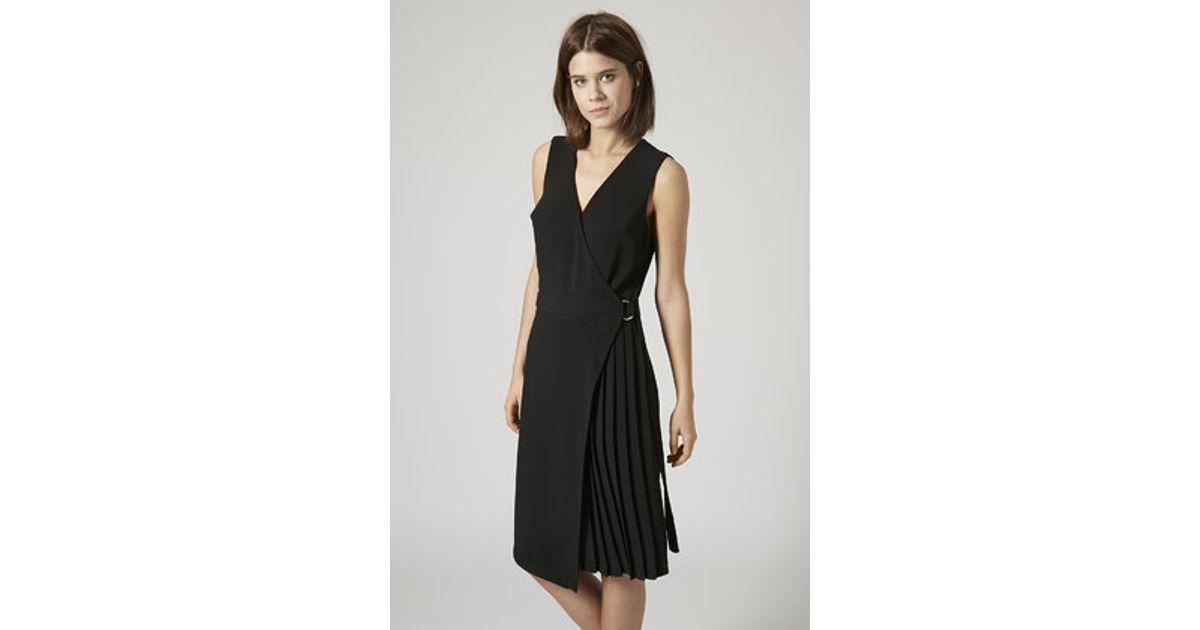 ef80d2c15 Lyst - TOPSHOP Pleated Wrap Midi Dress in Black