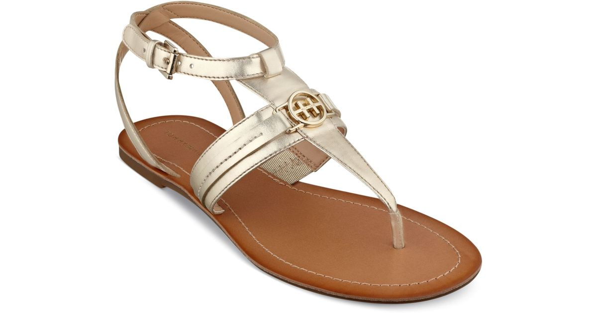 2908c1ee5 Lyst - Tommy Hilfiger Womens Lorine Flat Thong Sandals in Metallic