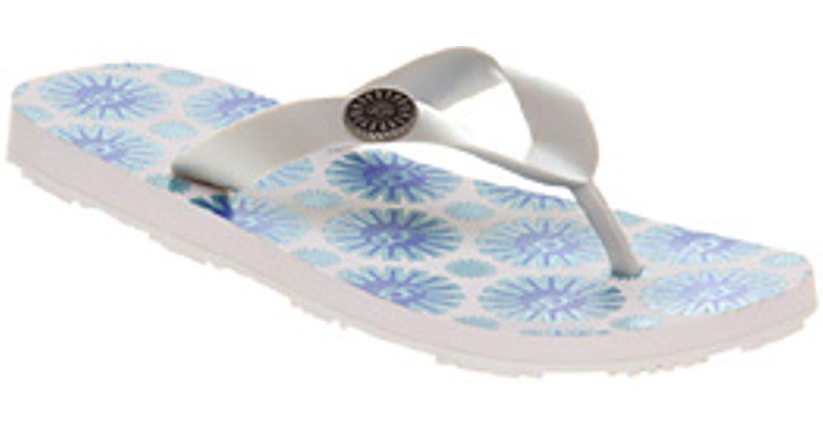 5600c27b9cf UGG - White Flare Flip Flop Pearl - Lyst