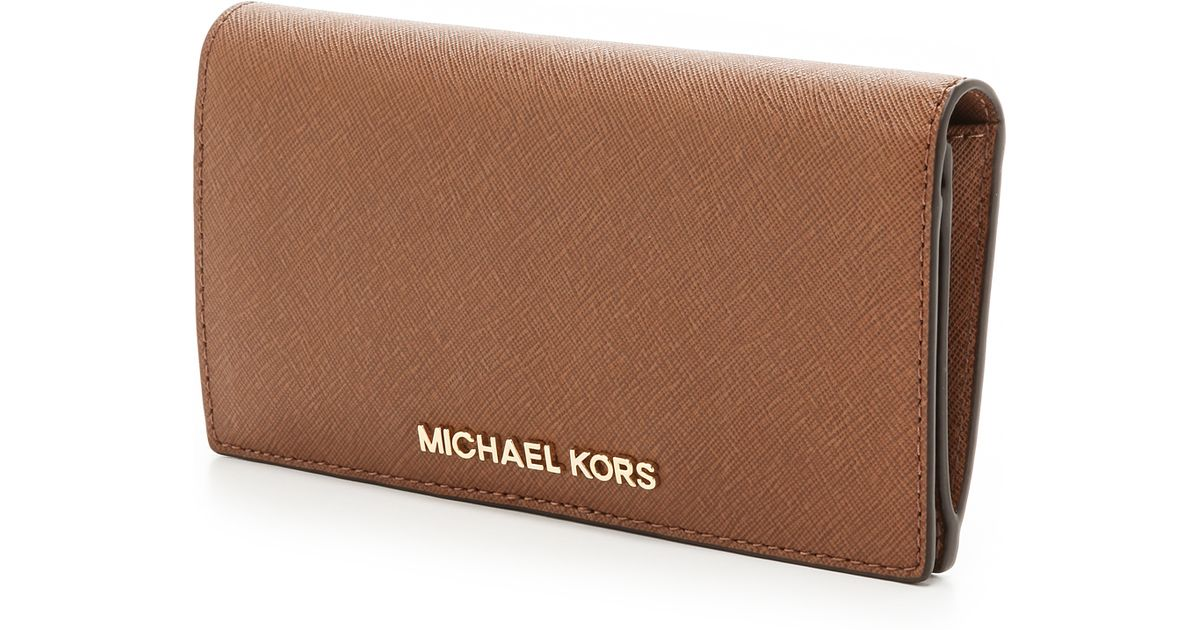 fb2b591badc9 MICHAEL Michael Kors Jet Set Travel Large Slim Wallet in Brown - Lyst